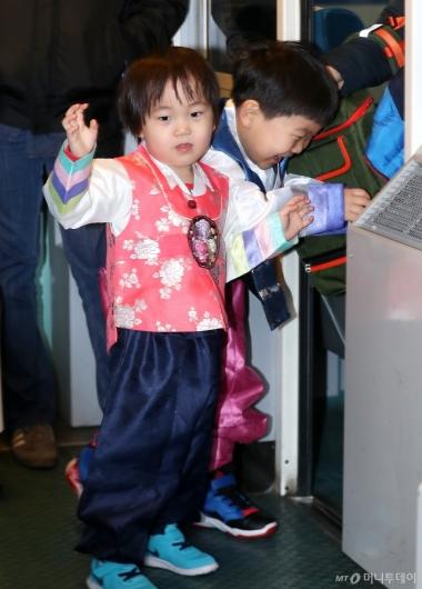 [사진]한복 입은 아이들