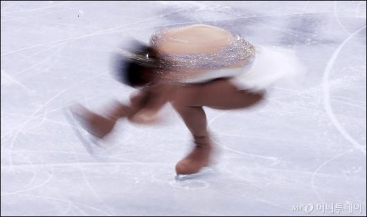 [사진]김하늘, '빠른 회전'