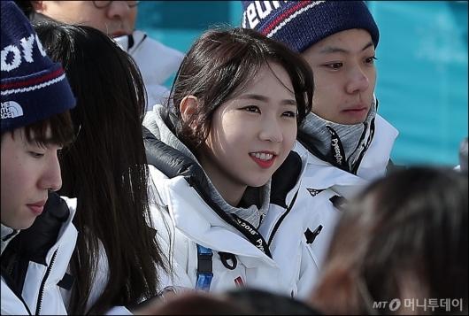 [사진]미모 뽐내는 최다빈