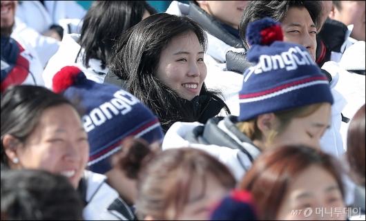 [사진]행복한 미소 짓는 김아랑