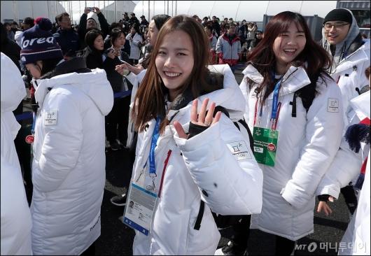 [사진]안경선배 김은정, '또 만나요'