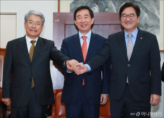 [사진]여·야 3당 원내대표 회동...'개헌·3월 국회' 논의