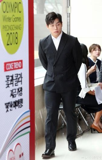[사진]양복 입은 아이언맨