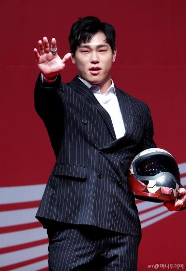 [사진]윤성빈, 아이언맨의 카리스마
