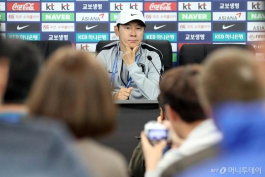 [사진]기자회견 참석한 신태용 감독