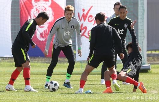 [사진]훈련하는 축구대표팀
