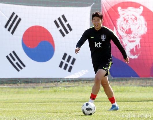 [사진]손흥민, '승리를 향해'