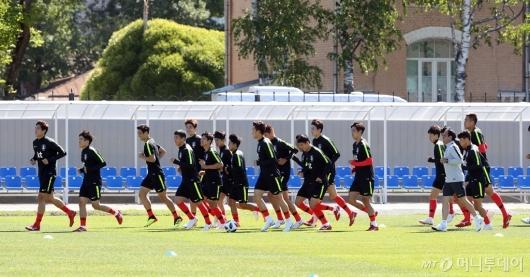 [사진]러닝하는 축구대표팀