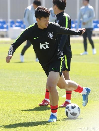 [사진]손흥민, '날렵하게'