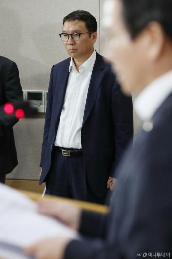 [사진]브리핑 참석한 김학수 상임위원