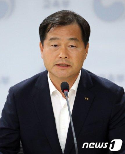 [사진]인사말하는 권병윤 교통안전공단 이사장