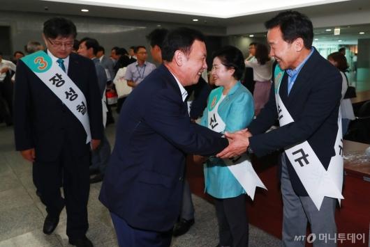[사진]정견발표 나선 바른미래당 전당대회 후보들