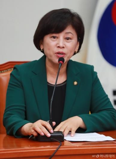[사진]모두발언하는 남인순 민주당 최고위원