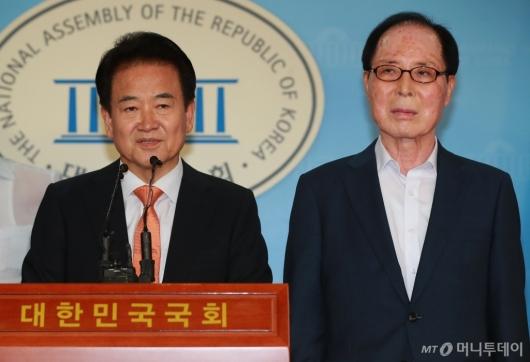 [사진]정동영-권영길, 남북철도 연결 위한 대북제재 해제 촉구