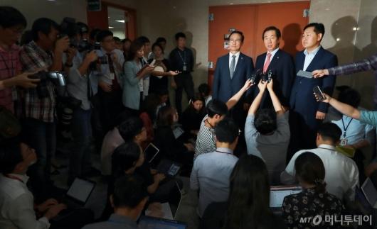 [사진]'인터넷은행·상가임대차' 여·야 합의 실패