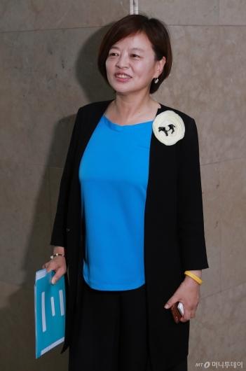 [사진]진선미 의원, 여성가족부 장관 지명