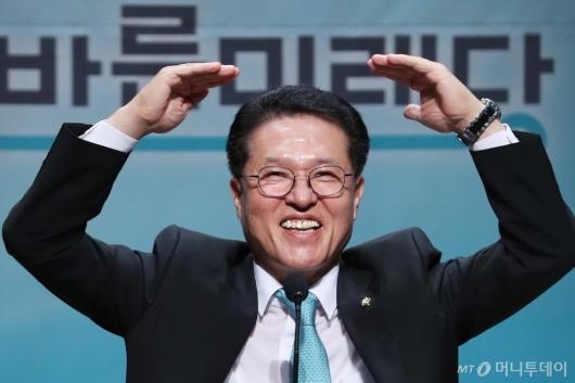 [사진]인사말하는 정운천 후보