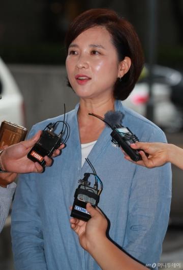 [사진]답변하는 유은혜 교육부장관 후보자