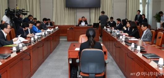 [사진]교육위원회 전체회의