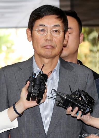 [사진]이상훈 삼성전자 의장 영장실질심사 출석