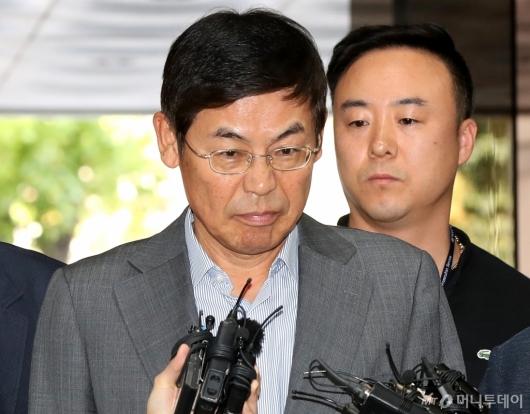 [사진]굳은 표정의 이상훈 삼성전자 의장