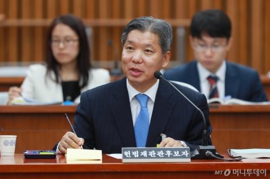[사진]이영진 헌법재판관 후보자 인사청문회