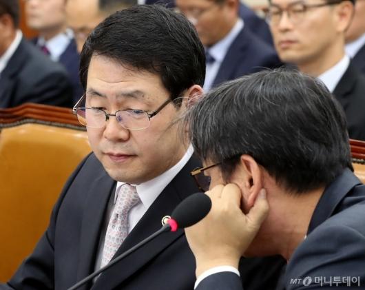 [사진]국정감사 출석한 원안위원장