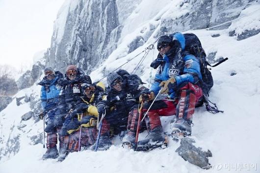 산이 된 사람들…히말라야 역대 사망자만 90여명