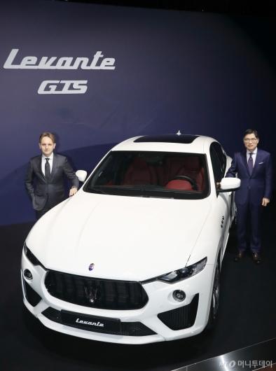 [사진]제로백 4.2초 마세라티 '르반떼 GTS' 출시