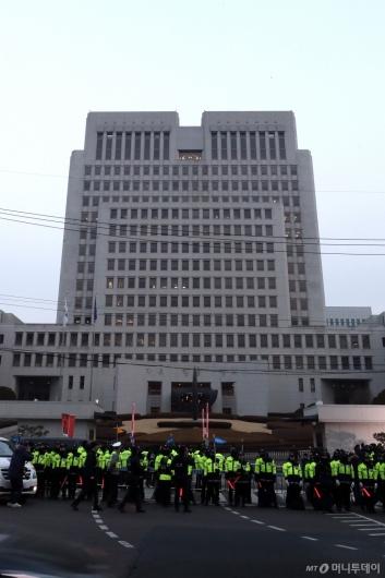 [사진]양승태 기자회견 앞둔 대법원