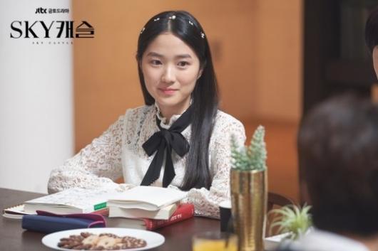 \'SKY캐슬 예서\' 김혜윤, 싸이더스HQ 품에