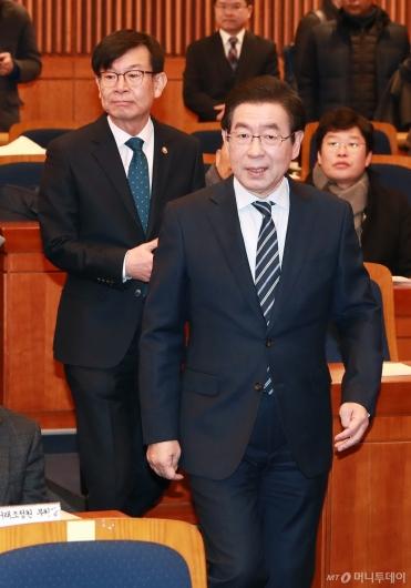 [사진]지자체-가맹점 분쟁조정협 출범식 참석하는 박원순-김상조