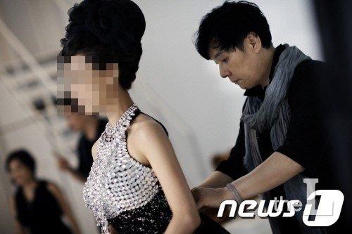 \'동성 성추행 혐의\' 디자이너 김영세, 재판에…