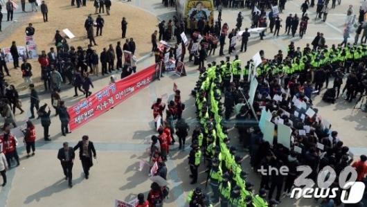 '태극기부대' 안보인 한국당 PK 연설, 왜?