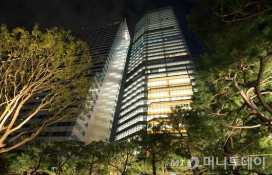 박한별 남편 유리홀딩스<br>강남 최고 임대료 빌딩 입주