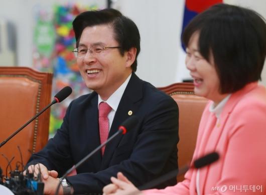[사진]이정미 대표 예방한 황교안 대표