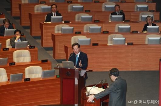 [사진]외교·통일·안보 분야 대정부질문