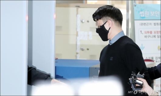 [사진]'마약혐의' 버닝썬 이문호 대표, 구속심사 출석