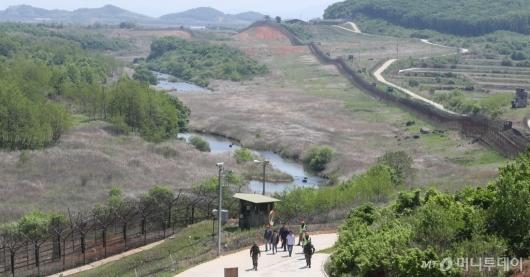 [사진]비무장지대 흐르는 역곡천