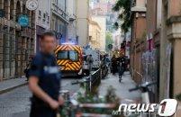 프랑스 리옹서 테러 의심 폭발…10명 부상
