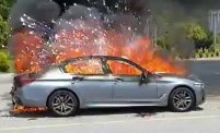해남서 주행 중 BMW 승용차 화재