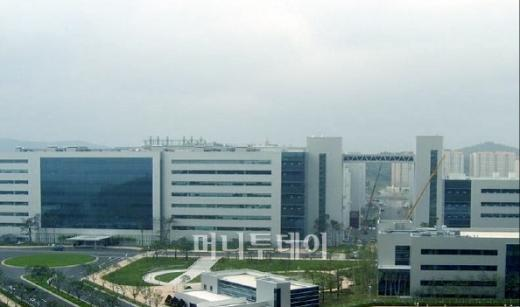 삼성의 수퍼 엘리트는 생산라인에 있다