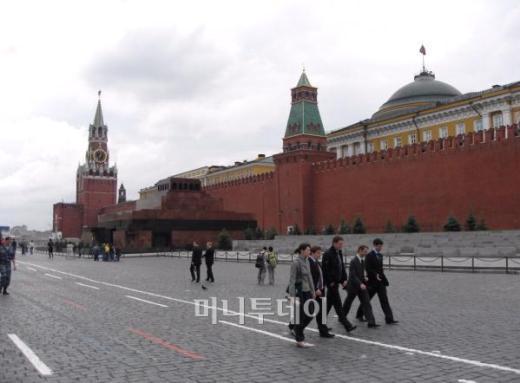 러시아에서 본 3개의 죽음