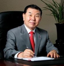 [CEO칼럼]제약산업, 우산 거두지 말길