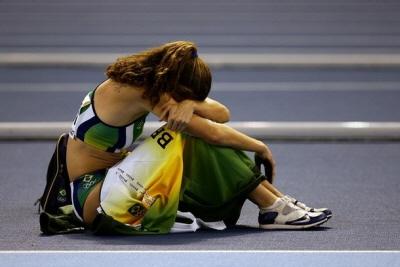 ↑브라질의 장대높이뛰기 선수 파비아나 뮤러레