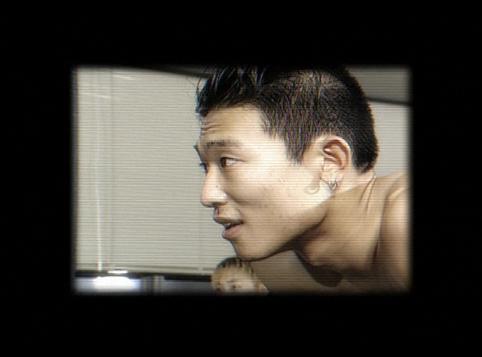 ↑ 생전 김성재의 모습을 담아 관심을 끌고 있는 '리플레이' 티저 광고