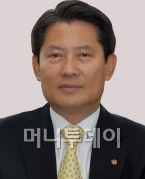 [CEO칼럼]듣기의 재발견
