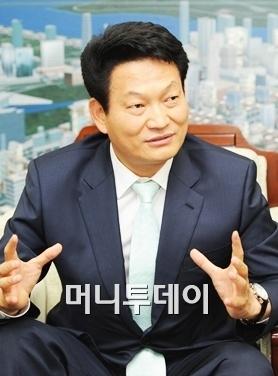 """송영길 """"인천 아시안게임 성공적으로 개최할 것"""""""