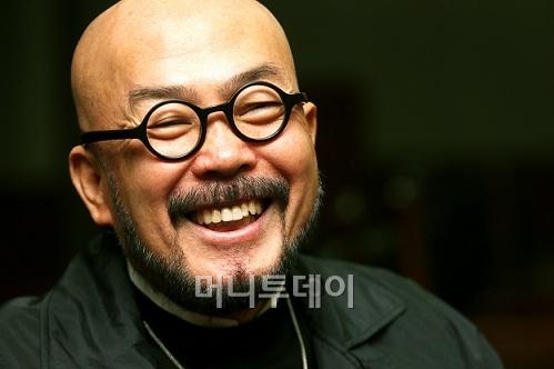 """'국민 디자이너' 이상봉 """"패션으로 돈 벌려면…"""""""