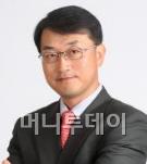 박근혜, '6억 환원'보다 듣고 싶은 말은…